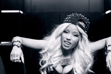 "纳米Feat. Pharrell & Nicki Minaj ""Get Like Me"" Video"