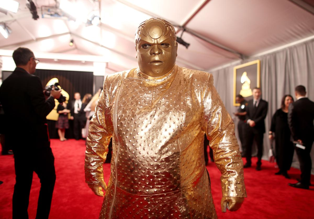 Twitter Is Roasting Ceelo Green S Bizarre Gold Grammys Outfit