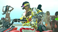 """Young Thug & Gunna Party On The Beach In New """"Surf"""" Video"""