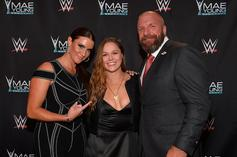 """Ronda Rousey Spotted In Cast Following Surgery On """"Severely Broken"""" Hand"""