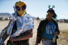 """Storm Area 51 """"Raid"""" Barely Draws 100 People To """"See Them Aliens"""""""