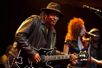 """D'Angelo To Reissue The Extremely Rare """"Live At The Jazz Cafe"""""""