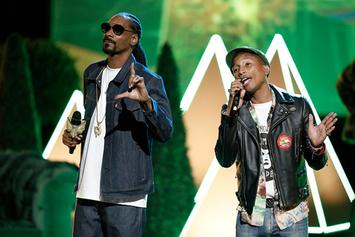 "Snoop Dogg & Pharrell Perform ""California Roll"" On The Voice"