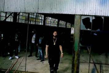 "King Louie ""Throw Yo Sets Up"" Video"