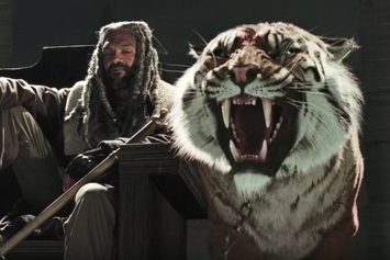 The Official Trailer For The Walking Dead Season 7 Has Arrived