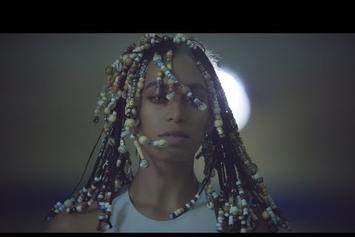 """Watch Solange's Stunning """"Don't Touch My Hair"""" & """"Cranes In The Sky"""" Videos"""