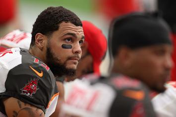 Buccaneers' Mike Evans To Kneel During National Anthem In Protest Of Donald Trump