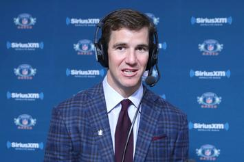 Eli Manning Accused Of Taking Part In Fake Memorabilia Scheme
