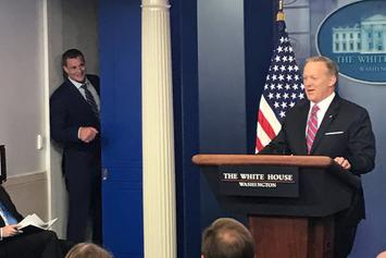"Rob Gronkowski Interrupts Sean Spicer's Briefing: ""Need Some Help?"""