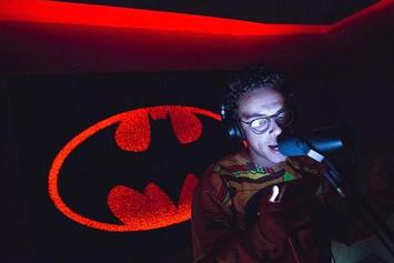 "Logic Gives Inside Look At CD Deluxe Version Of ""Everybody"""