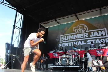 "Childish Gambino Goes On Twitter Rant, Tweets ""I Wanna Be A White Rapper"""