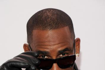 "Review: R. Kelly's ""Black Panties"""