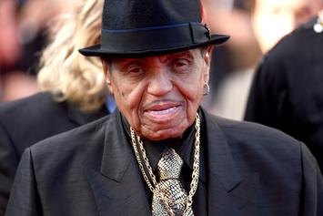 Joe Jackson Will Receive Public & Private Memorial Services