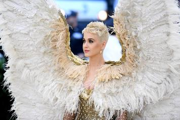 """Katy Perry Faced """"Situational Depression"""" After Negative Album Reviews"""