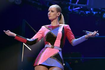 "Iggy Azalea Responds To Trolls Urging Her To Sign Porno Contract: ""This Is Gross"""