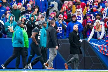Leonard Fournette Hit With Beer Can After Ejection: Video Footage