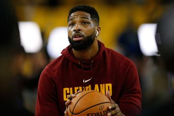 Cavs' Tristan Thompson Flips Off Heckling Fans In Brooklyn: Video