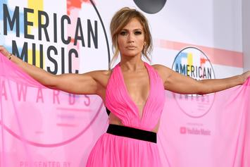 Jennifer Lopez Flaunts Stellar Abs After Announcing No Carb, No Sugar Diet