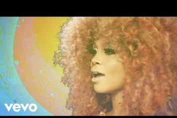"""Lion Babe Shares Groovy Video For """"The Wave,"""" Featuring Leikeli47"""