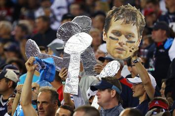 "New England Patriots Attract 35,000 Fans In Final ""Super Bowl"" Rally"