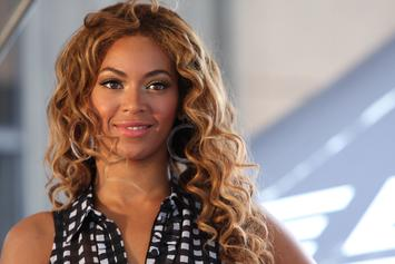 """Beyoncé Gets Mischievous With """"Where Is The Formation World Tour DVD"""" Shirts"""