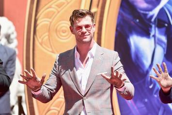 """Chris Hemsworth Was Fully Committed To """"Lebowski Thor"""""""