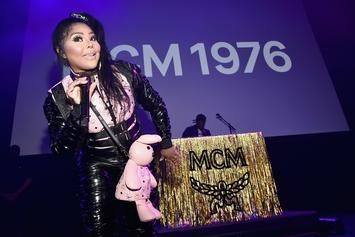"Lil Kim Stars In & Executive Produces New VH1 Reality Series ""Girl's Cruise"""