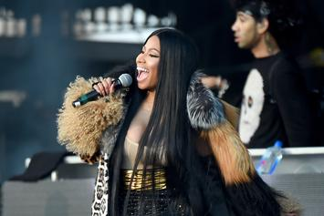 Nicki Minaj Serves Boss Looks In Cute New Kissy Photo