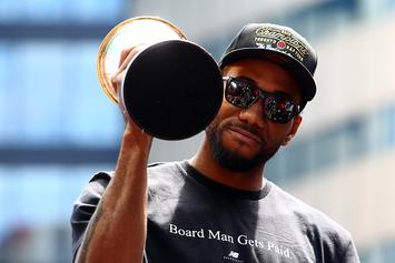 Kawhi Leonard Signs 3-Year Max Contract With Player Option: Report