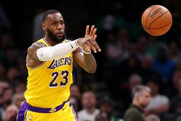 """Lakers' Frank Vogel: """"No Imminent Plan"""" To Start LeBron James At PG"""