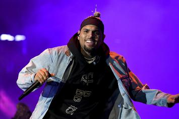 "Chris Brown Celebrates ""Indigo"" Passing 1 Billion Streams"