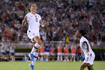 NFL Team Offers Women's Soccer Star Carli Lloyd Kicker Gig