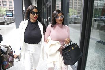 """R. Kelly's Girlfriend Joycelyn Savage Reportedly Speaks Out: """"This Is My Story"""""""