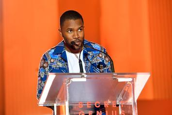 """Frank Ocean Curates Christmas Episode For """"Blonded Radio"""""""
