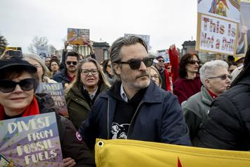 Joaquin Phoenix Detained At Jane Fonda's Climate Protest Following Golden Globes Win