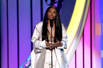 """SZA Details The """"Wild Ass F*cking Year"""" That Blocked Her Creative Process"""