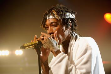 Wiz Khalifa Teaches Us How To Roll The Perfect Joint