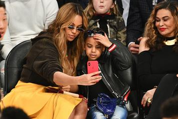 "Beyonce Gifts Family ""F*ck 2020"" Diamond Necklaces"