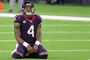 "Deshaun Watson ""Just Wants Out,"" & Has Teammates' Support: Report"
