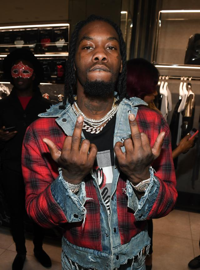 Offset gives the middle fingers